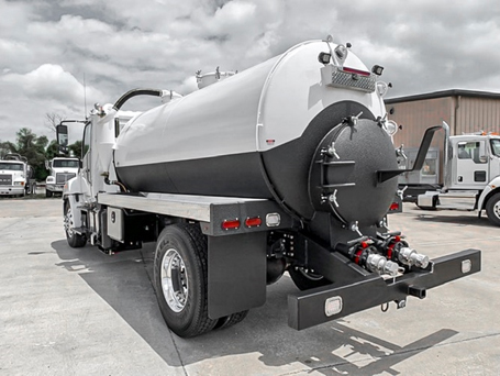 Medium Duty Liquid Bulk Application Truck