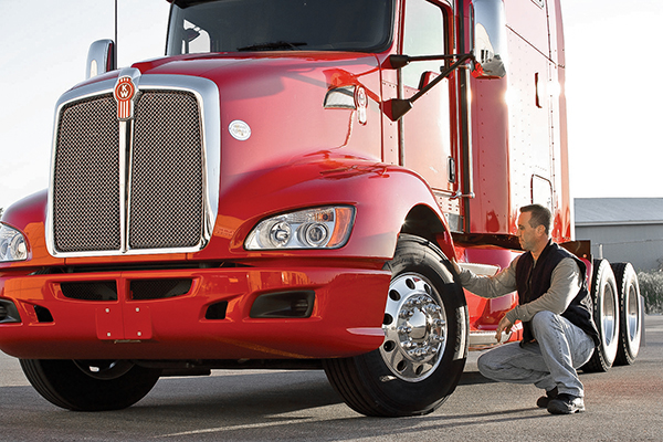 T680 Truck Inspection