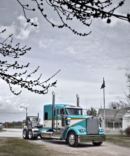 Kenworth W900L in spring time
