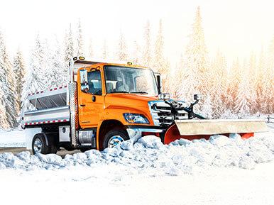 Hino 258LP snow plow