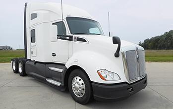 2017 Kenworth T680s - all white