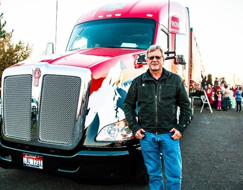 Gary Amoth Drives Capitol Tree to DC