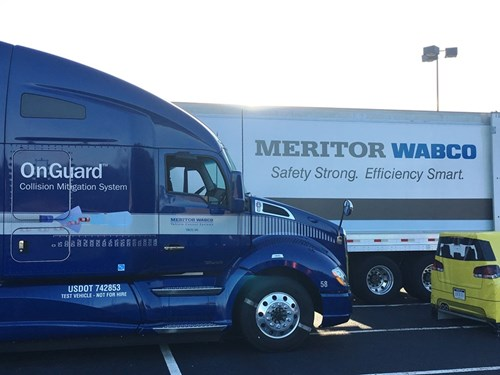 Kenworth T680 and T880 Offer Meritor WABCO OnGuardACTIVE as Option
