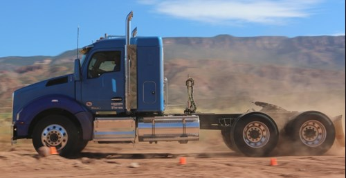 Kenworth T880 with 40-inch sleeper spec